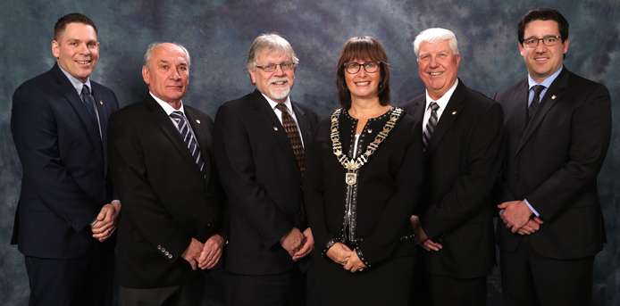 Group Photograph of the Members of Council